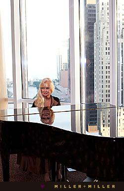 Chicago Pianist - Kathie Nicolet